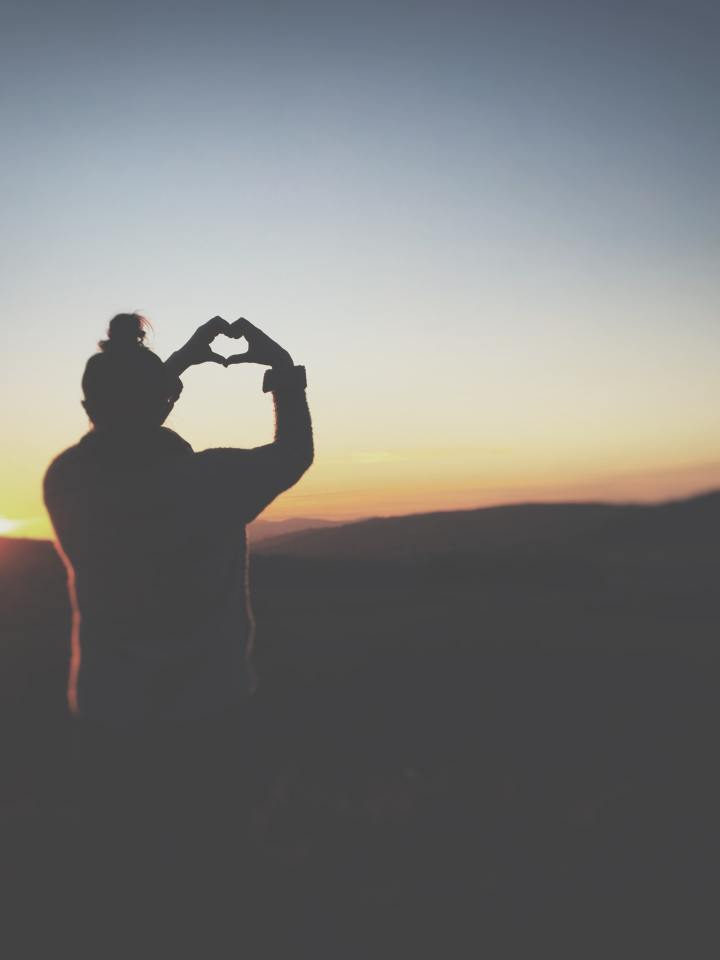 3 Steps to Building A Healthy Relationship WithYourself